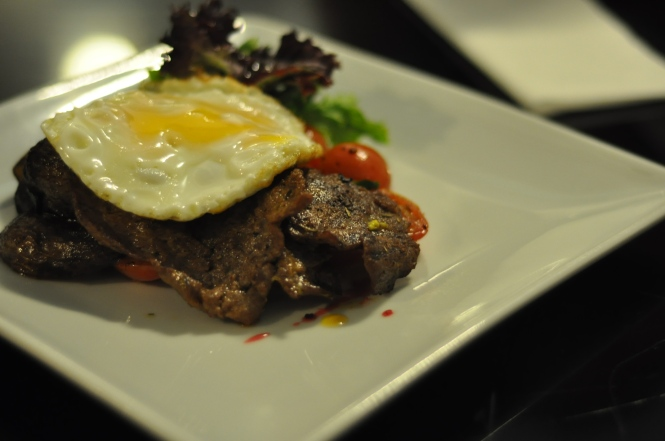 Minute Steak & Eggs :: $12.90+