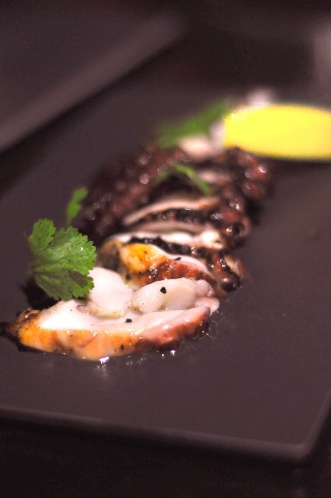 Salt & Pepper Calamari :: $18++