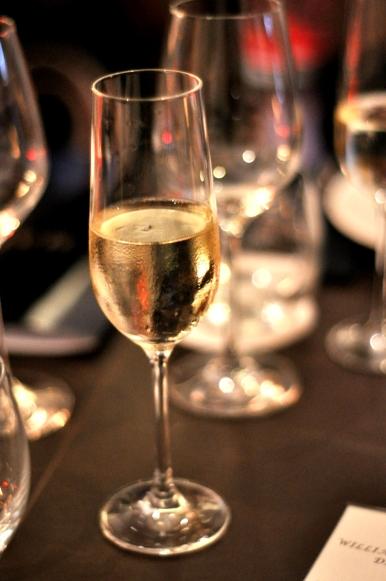 2008 Sir James Vintage Pinot Noir Chardonnay.