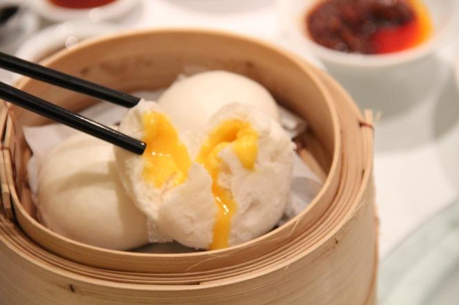 Steamed Yolk Cream Bun :: $4.20++
