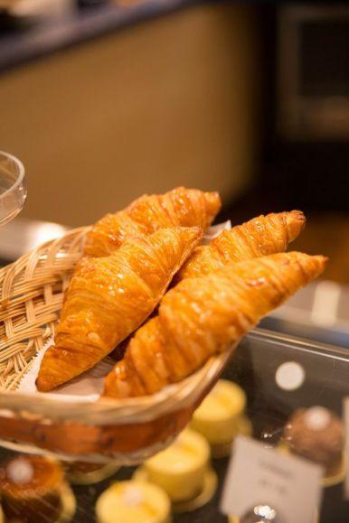 Plain Croissant :: $3