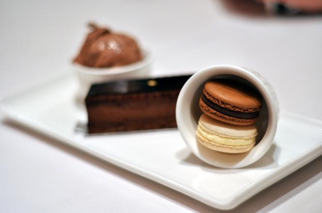 Dessert Platter :: $14.90++