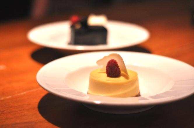 Passionfruit CHeesecake :: $8+
