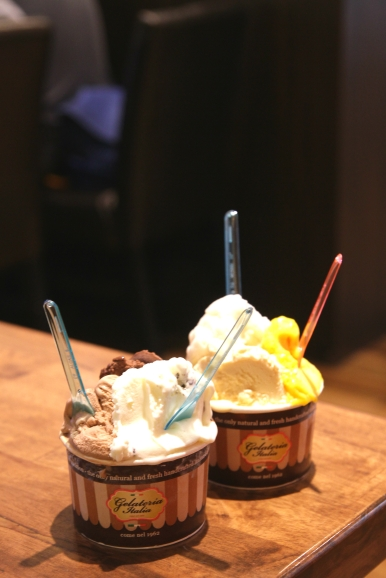 3-Scoops Ice Cream :: $8.90