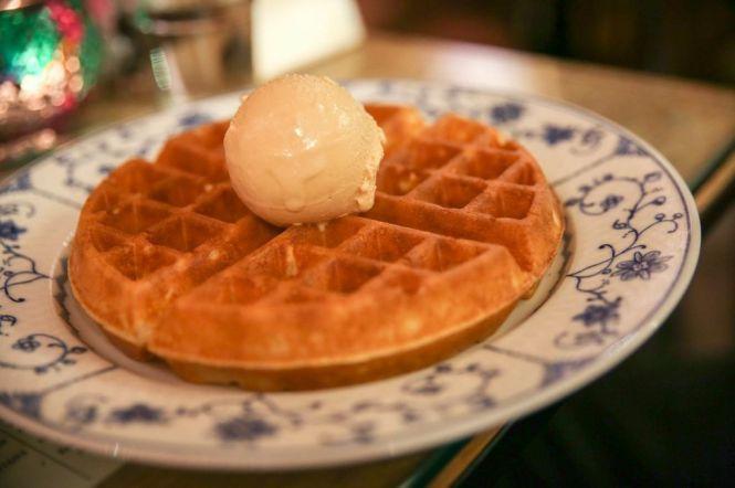 Waffle with Ice Cream :: $8.50+