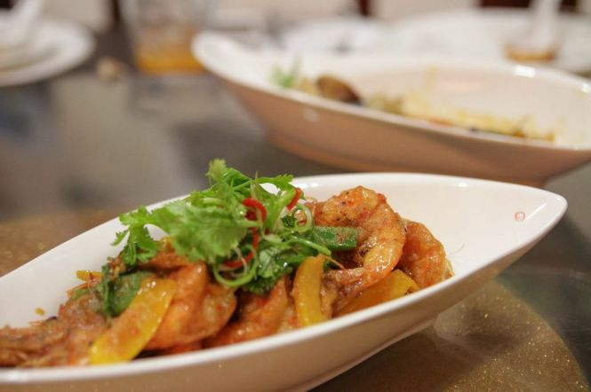 Pad Kee Mao Goong. Stir-fried Thai 'Drunken' Style Prawns :: $16.80 / $24.80