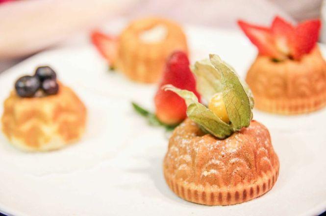 Mayer Mini Cupcake & Donut Maker.