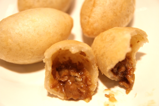 Deep Fried Dumpling with Salted Meat :: $3.80++