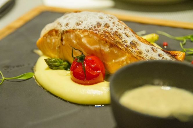 Slow-baked Norwegian Salmon :: $19.90++