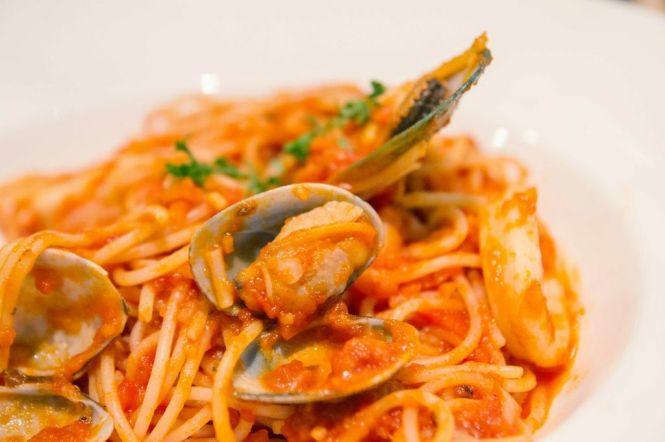 Mixed Seafood Spaghetti :: $15.90++