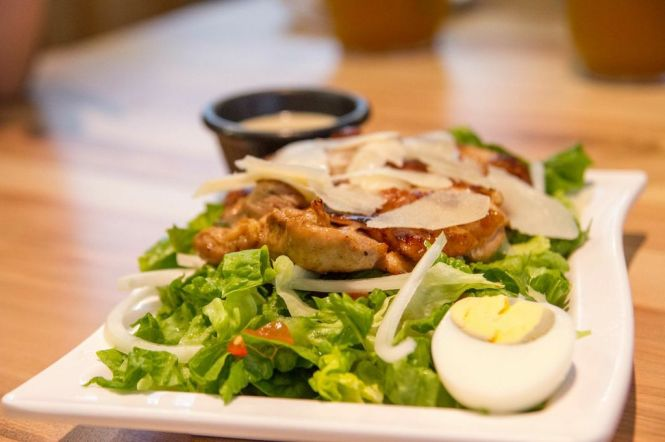 Grilled Chicken Salad :: $10.90++