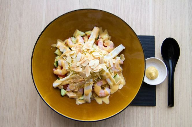 Seafood Cold Ramen :: $13.80++