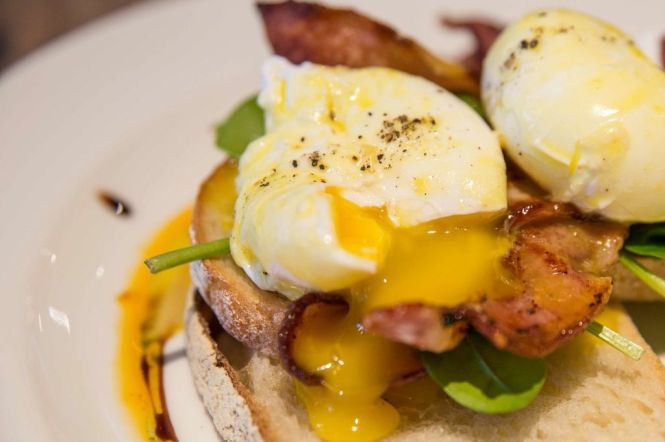 Eggs Benedict Bacon :: $17+