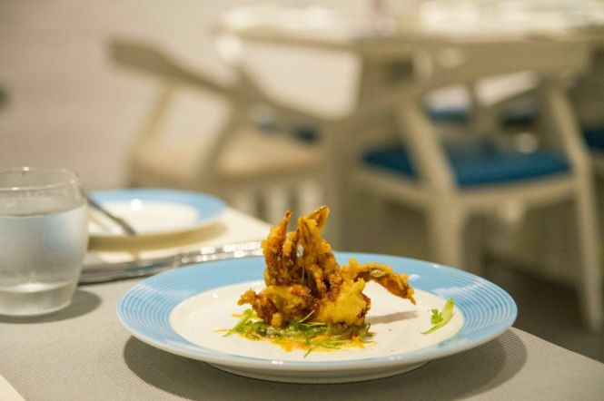 Soft Shell Crab Salad :: $