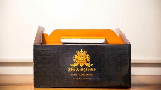 The King Louis Christmas Takehome Set.