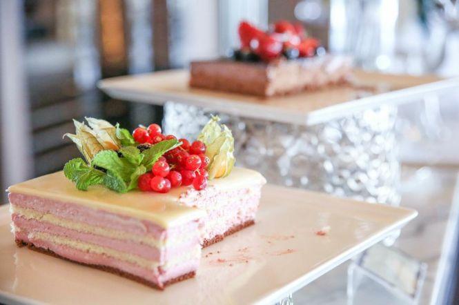 Dessert Counter.