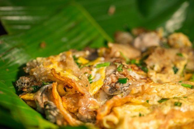Oyster Omelette (Orh Luak).