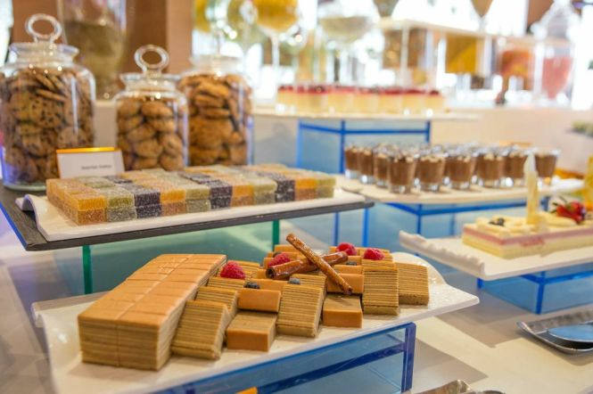 Desserts Counter.
