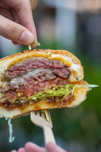 Altimate Kobe Burger :: SAVOUR$18