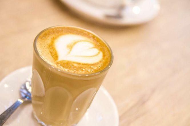Café Latte :: $6