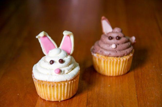 Easter Bunny Cupcake @ Da Paolo.