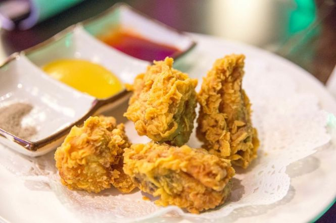 Boss Fried Chicken :: $22++/9pieces $38++/18pieces