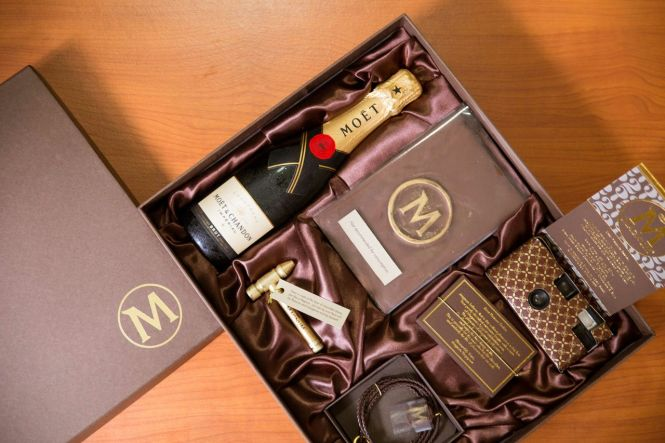 Magnum's 25th Anniversary Party Invitation Kit.