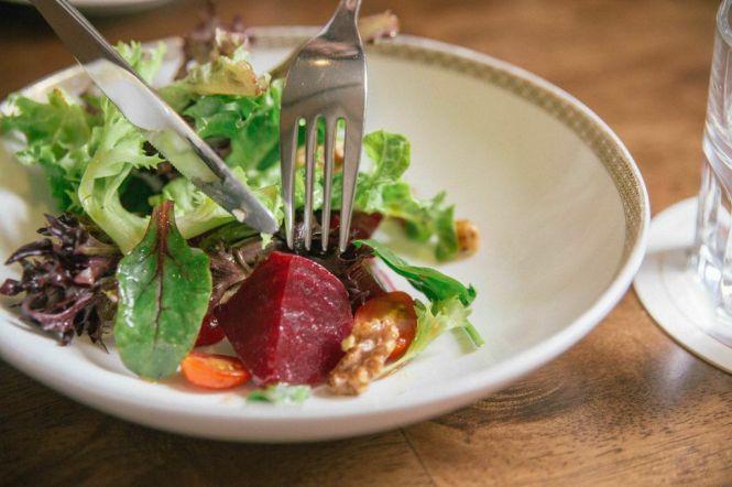 7 Vinaigrette Marinated Beetroot Salad :: $6.80++