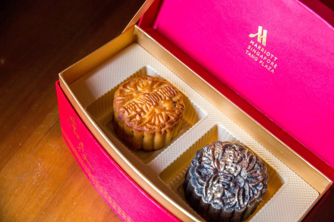 Singapore Marriott Tang Plaza Hotel Mooncakes.