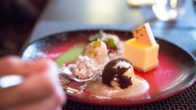 Dessert Platter :: $28++