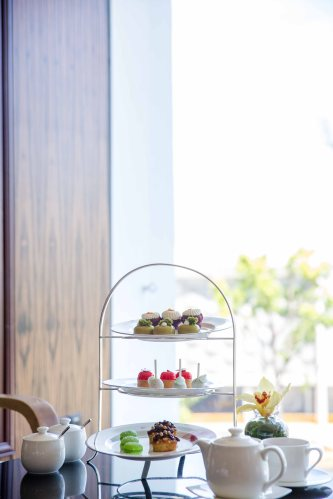 Three-tiered Dessert Stand.